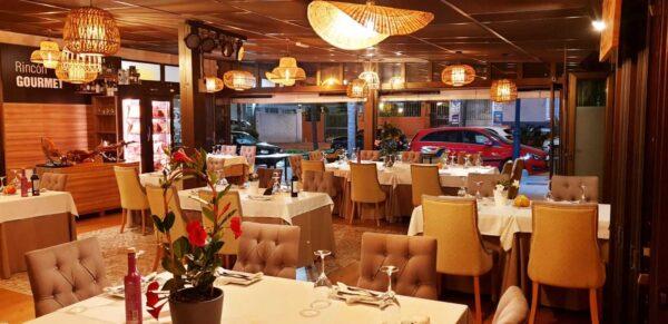 Restaurante Tipi Tapa en Fuengirola - especializado en carne a la brasa